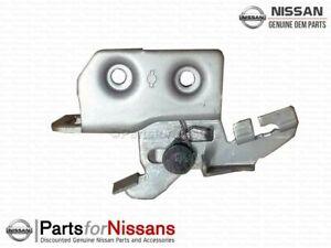 Genuine Nissan Trunk Lid Striker S13 S14 R32 84620-01E00