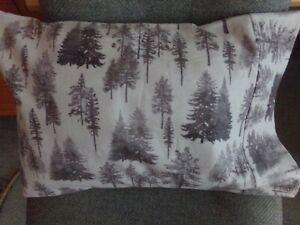 FLANNEL TRAVEL SIZE PILLOWCASE GRAY SILHOUETTES TREE/ SAME CUFF 14X20 #340