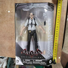 DC collectibles - BATMAN arkham knight - COMMISSIONER GORDON commissire
