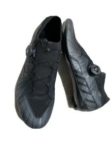 DMT KR1 black cycling shoes 45 carbon