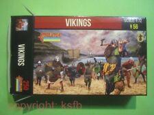 NEU 1:72 Strelets #250 Mittelalter Wikinger Kämpfer König Fahne Vikings Knights