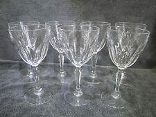 7 verres sur pied en Cristal dans le goût du modèle Harcourt de chez Baccarat