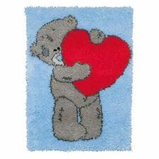 TEDDYBEAR HEART HUG BEAR LATCH HOOK RUG KIT RED BLUE GREY from UK Seller, NEW