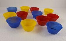 12 Muffin Formen aus Silikon, bunt, je 7 cm