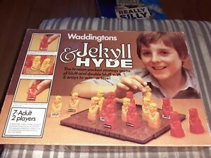 VINTAGE complete JEKYLL & AND HYDE BOARD GAME waddingtons BOXED 1980 72M