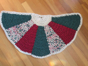 Hand crochet rag rug, shabby cottage chic, country ~ Green Cranberry