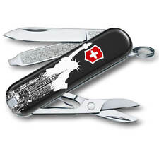 Victorinox Swiss Army Multi Tool Classic SD, New York 0.6223.L1803US2