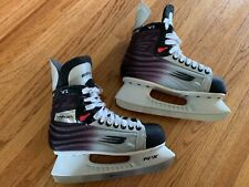 Boys Bauer Vapor Vi Hockey Skates size 6