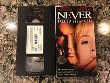 Never Talk To Strangers VHS! 1995 Thriller! Copycat Original Sin Basic Instinct