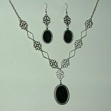 LACY FILIGREE VICTORIAN STYLE BLACK ACRYLIC DARK SILVER P NECKLACE EARRINGS SET