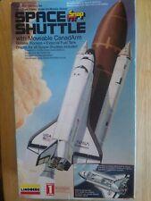 Vintage 1995 Snap Fit Nasa Endeavor Space Shuttle 1/200 Scale Lindberg Model Toy