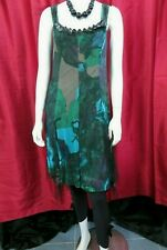 Deca de Vous a Nous Size T3 / UK 12-14 green floral top with black leggings 2pc