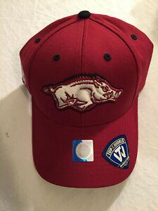 University of Arkansas Razorbacks Hogs Ball Cap Hat Snapback NEW