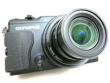 Olympus Stylus XZ-2 compact digital camera black *superb bundled w. box