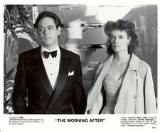 Raul Julia and Diane Salinger in The Morning After 1986 vintage movie photo 8869