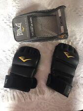 Boxing (Heavy Bag)  00004000 Gloves Everlast Men's L-Xl w/ Mesh Holder -Pre-Owned