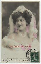 Carte postale ancienne | Femme | Bonne année | Beaux vêtements  | 1909