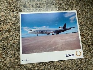 Royal Canada Lockheed L-1011 Tristar parked at airport airline issued postcard