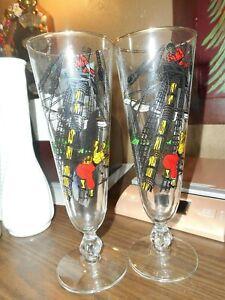 2 Vintage Pirate Sailing Ship Pilsner Beer Cocktail Party Drink Glasses Libbey