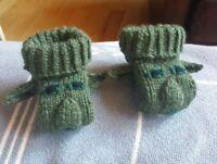 Baby Yoda baby booties socks handmade baby shower Star Wars Mandalorian Grogu