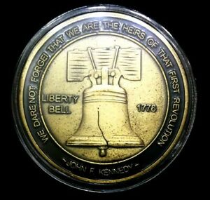 Don't Tread on Me - Liberty Bell  ✯✯ United We Stand Challenge Coin ✯✯
