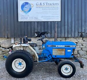 Ford New Holland 1520 4WD Compact Tractor