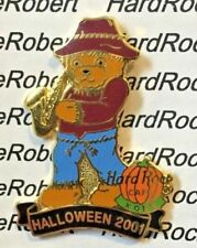 2001 HARD ROCK CAFE KOBE HALLOWEEN HERRINGTON TEDDY BEAR SCARECROW SAX LE PIN