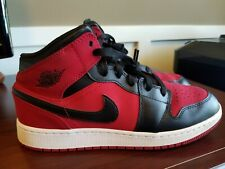 Air Jordan 1 Mid - Red/Black/White - 554725-610 - Grade School Size 7Y