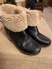 Ugg Australia Lynnea Black Leather/ Shearling Heeled Boots Sz 7