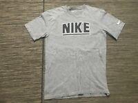 Nike Men's Medium Regular Fit Tee T Shirt Short Sleeve Gray 430425-063
