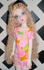 "DOLL Wig, Monique ""Christine"" Size 6/7 in Light Peach Blonde"