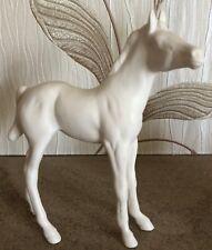 ROYAL DOULTON HORSE FOAL BLACK BEAUTY IN WHITE  MATT FINISH MODEL No DA 68 VGC