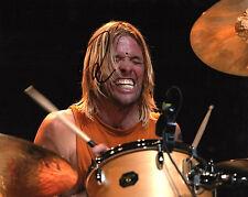 GFA Foo Fighters Drummer * TAYLOR HAWKINS * Signed 8x10 Photo PROOF T3 COA