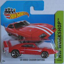 Hot Wheels -'69/1969 Dodge Charger Daytona rojo nuevo/en el embalaje original