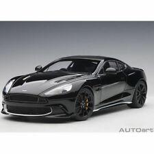1:18 Autoart 70271 Aston Martin Vanquish S 2017 ( Onyx Negro / Blanco Accents