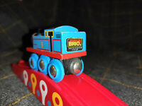Thomas Wooden Railway Brio Train Magnetic THOMAS THE TANK ENGINE RETRO #6