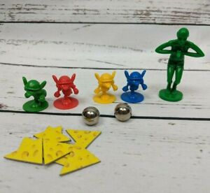 MOUSETRAP Board Game 4 Mice Movers Pawns, Steel Balls, Cheese, Diver - Pieces