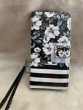 Fashion Mobile Phone Case Black w White Flowers Case Holds CC Fits iPhone X 5.8