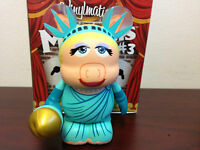 "Miss Piggy as Statue of Liberty 3"" Vinylmation Muppets Series #3 IN HAND NEW!!"