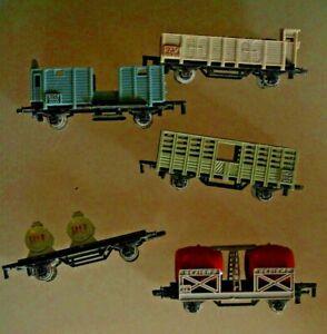 Treno 1/143 Rotaia Strada Majorette Lotto 5 Vagoni