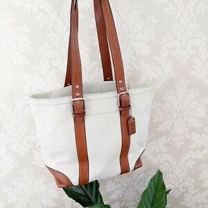 Coach shoulder handbag Hampton Tote Leather White and tan Brown bag
