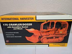 International IH 175 Crawler Demo Bucket - Iowa - First Gear 1:25 #49-0135 New!