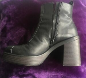 VAGABOND LEATHER ANKLE BOOTS UK5 70s