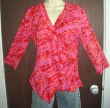 NEW FUCHSIA CROSSOVER TOP by PYRAMID COLLECTION size LARGE