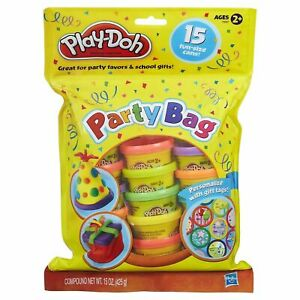 Play-doh Toy Party Bag - Includes 15 Fun Size Dough Compound Cans