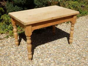 Pine traditional table, solid, scrubbed top. Excellent condition.