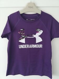Girls under armour Tshirt size small approx age 6-7 ? ❤️