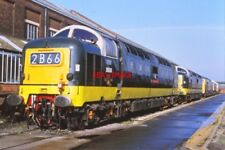 PHOTO  D9000 AND ANOTHER DELTIC  EASTLEIGH 27TH SEPTEMBER 1992