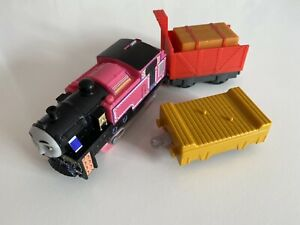 Thomas The Tank Engine and Friends Trackmaster Hyperglow Ashima and 2 Trucks