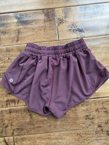 "NWT Lululemon Black Garnet Hot LR 2.5"" Lined Active Wear Shorts Sz 2"
